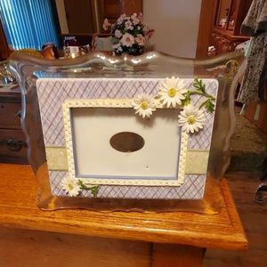 Sentiments 5x7 Picture Frame with music Box